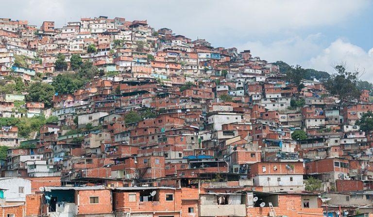 Трущобы в Каракасе, Венесуэла