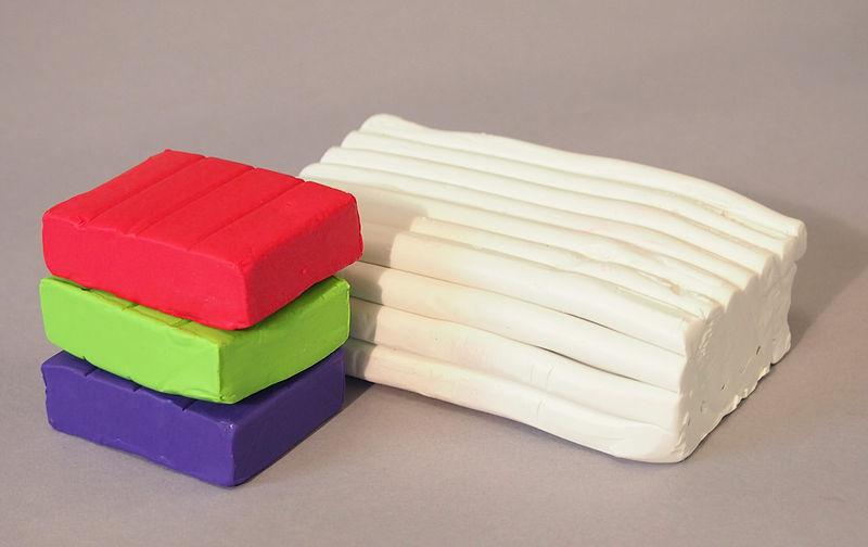 Куски полимерной глины