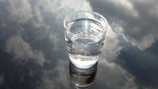 Большинство природных источников воды имеют щелочную воду