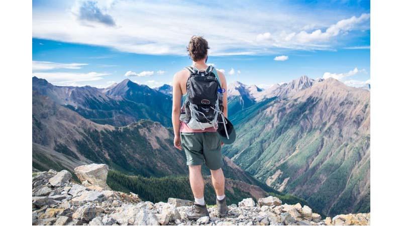 Разница между поездкой и путешествием