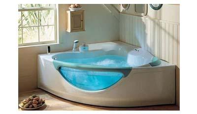 Разница между гидромассажной ванной и джакузи