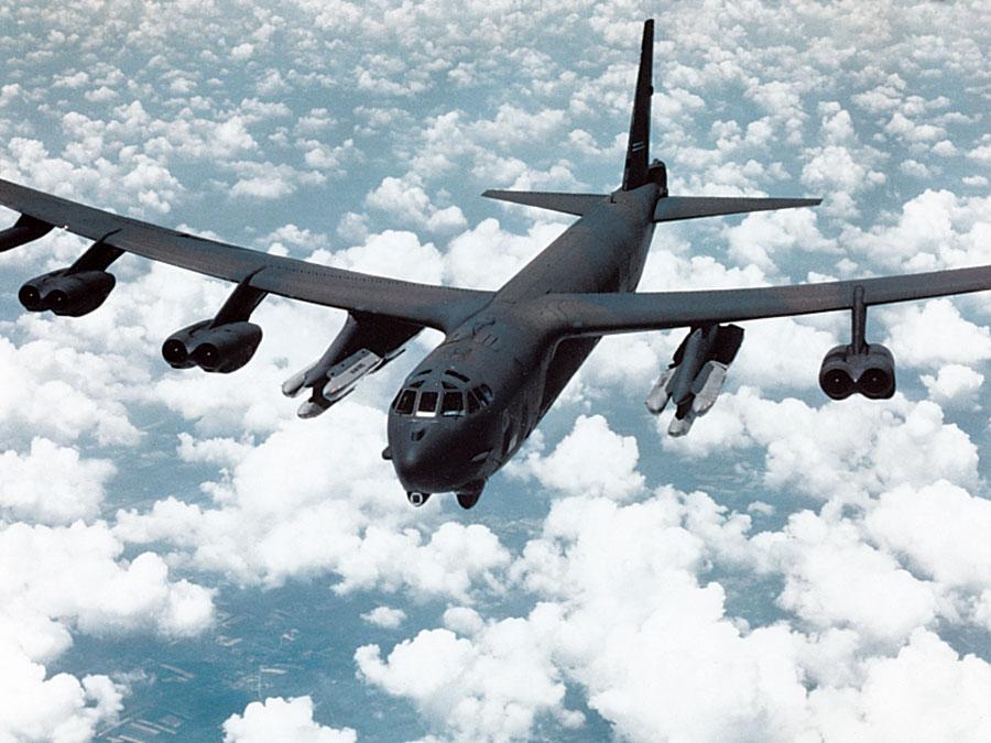 B-52G с крылатыми ракетами, ВВС США, ракеты ближнего радиуса действия SRAM; управляемая ракета