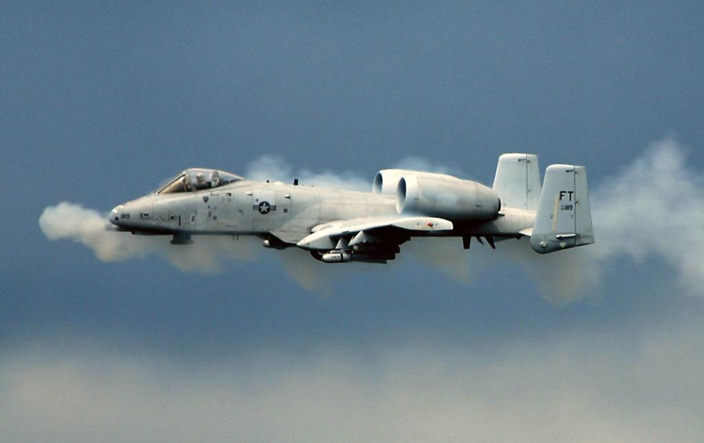ВВС США A-10 Thunderbolt II, штурмовик.