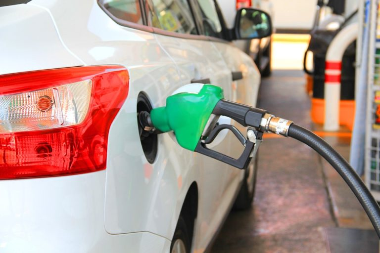 Бензин - самое распространённое топливо для автомобилей