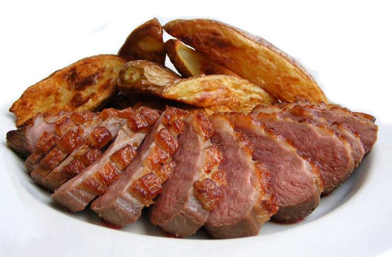 Нет никаких ограничений на потребление белка в диете Аткинса