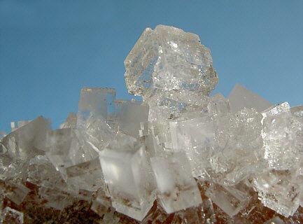 Кристаллы хлорида натрия