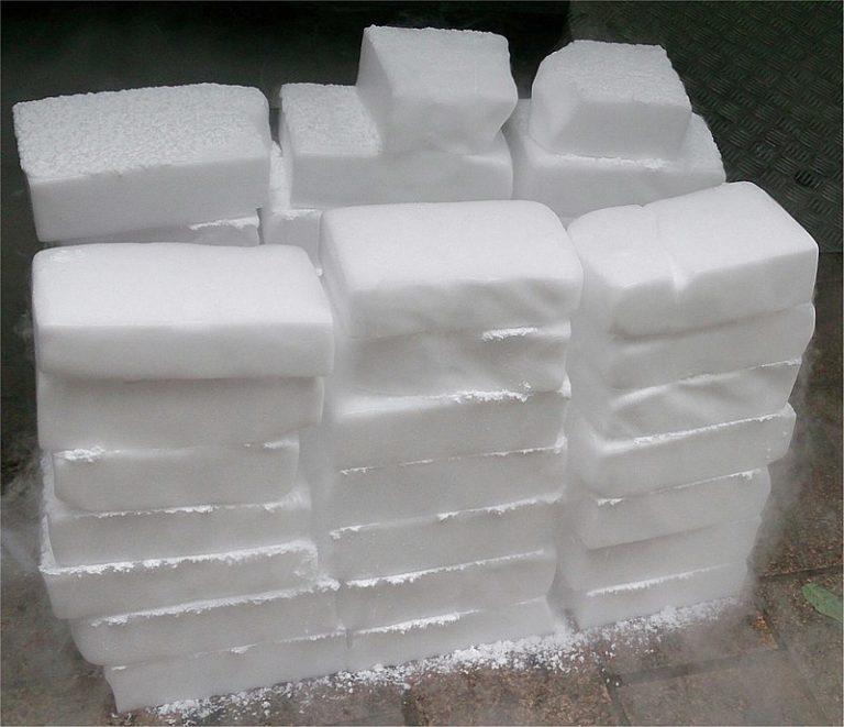 Кубики сухого льда