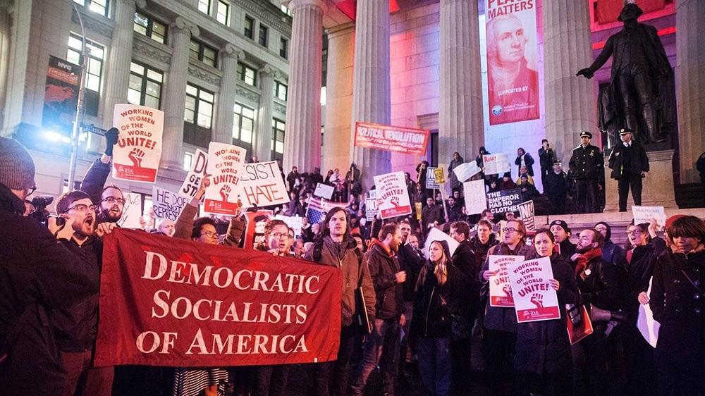 Демократические Социалисты в Америке