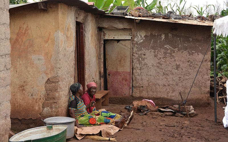 Абсолютная бедность