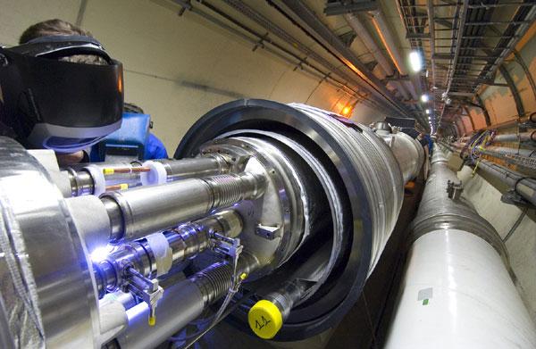 Искусственная трансмутация может происходить в ускорителях частиц