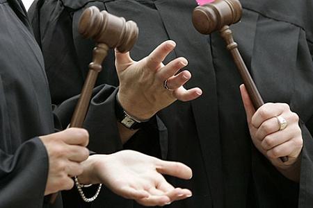 Халатность наказывается по статье 293 УК РФ