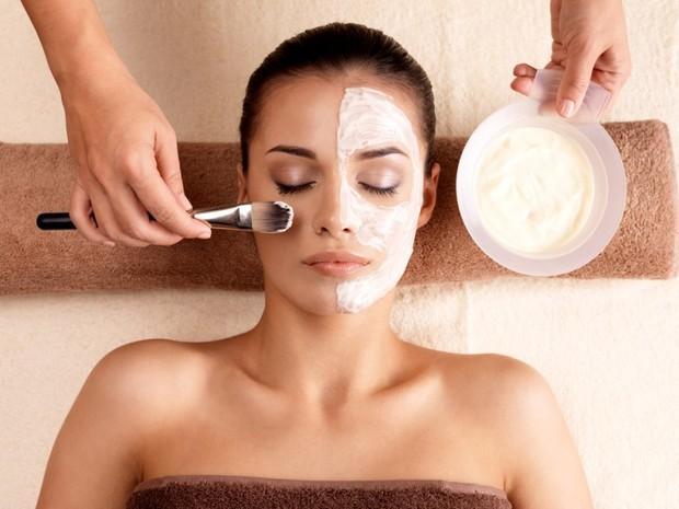 Каолиновая глина используется для ухода за кожей лица