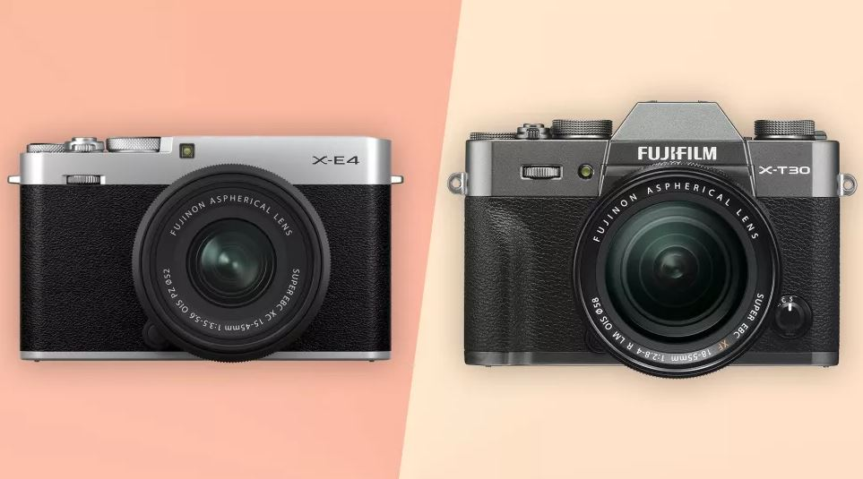 Fujifilm X-E4 и Fujifilm X-T30 - вид спереди