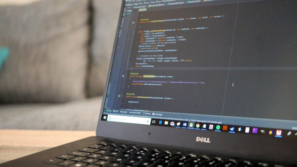 Python и Java позволяют разработчикам создавать объекты данных через классы