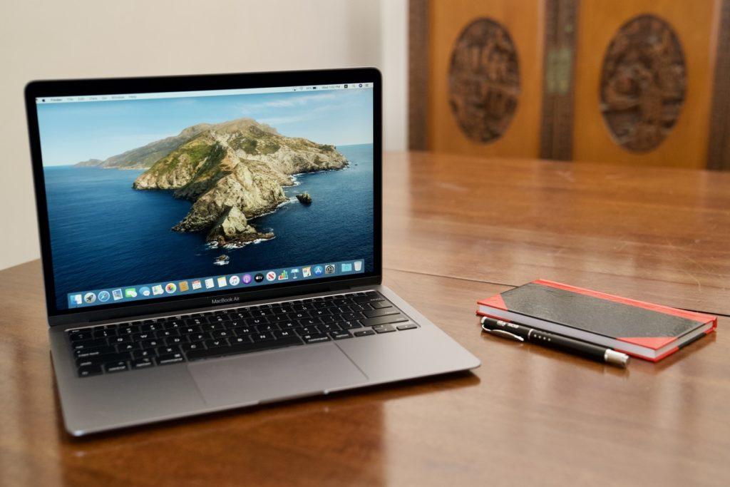 Дизайн новых MacBook идентичен предыдущим моделям
