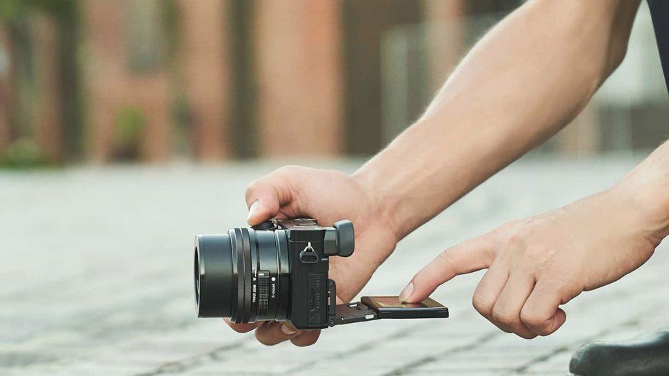 Беззеркальной фотоаппарат Sony a6100