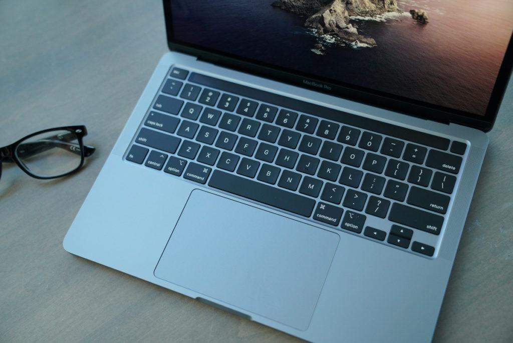 Клавиатура у новых MacBook отличная
