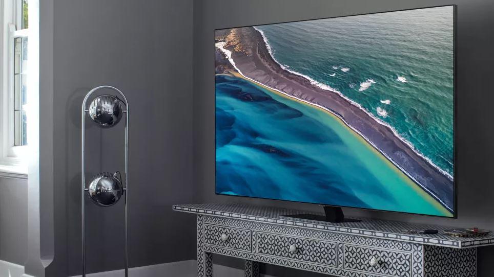 Samsung Q80T - это QLED-телевизор 2020 года с прямой подсветкой Full Array