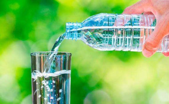 Ежедневное питьё Дистиллированной Воды не лучшая идея, так как она дороже и не содержит некоторых полезных минералов