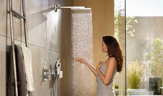 Принимать Душ рекомендуется душ через день, а так же каждый раз после тренировки.